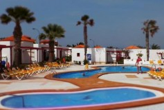 HOLIDAY DEALS FOUND… Fuerteventura, 7 Days in December – about £320 for 2 people…!